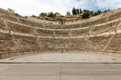 罗马圆形露天剧场在阿曼,约旦 图库摄影