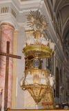 罗马天主教堂的内部,大正方形锡比乌市位于罗马尼亚 图库摄影