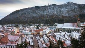 罗马尼亚中世纪镇布拉索夫看法从观点 股票视频
