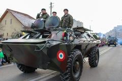罗马尼亚人国庆节军事游行军队vehicule坦克 免版税库存图片