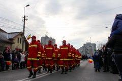 罗马尼亚人国庆节军事游行消防队员 免版税库存图片