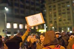 罗马尼亚人抗议在维多利亚广场 免版税图库摄影