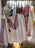 罗马尼亚传统妇女服装 免版税库存图片