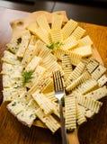 罗马尼亚和匈牙利乳酪盛肉盘 免版税图库摄影