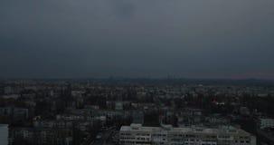罗马尼亚城市鸟瞰图在一阴暗天 股票视频