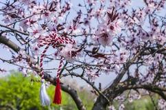 罗马尼亚春天标志Martisor 免版税库存照片