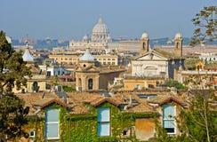 罗马屋顶 免版税库存照片