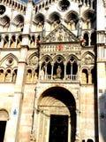 罗马式大教堂 库存照片