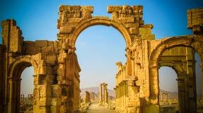 罗马扇叶树头榈曲拱,现在被毁坏 图库摄影