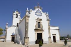 罗马教会圣劳伦斯湾的外部在Almancil,葡萄牙 库存照片
