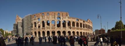 罗马斗兽场在罗马,意大利,全景照片 免版税库存照片