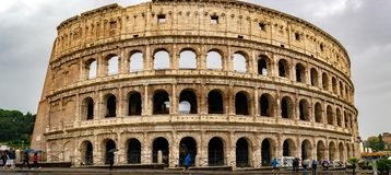 罗马斗兽场大剧场或Flavian圆形露天剧场是卵形圆形露天剧场在罗马的中心  免版税图库摄影