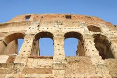 罗马斗兽场的古老窗口,罗马,意大利 库存图片