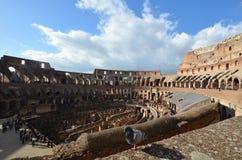 罗马斗兽场,罗马斗兽场,古迹,墙壁,圆形露天剧场,天空 免版税库存照片