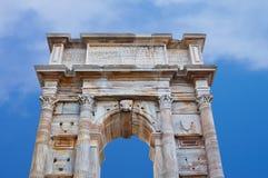 罗马时代的古老历史的曲拱,意大利 免版税库存照片