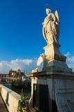 罗马桥梁细节在科多巴 安大路西亚,西班牙 库存照片
