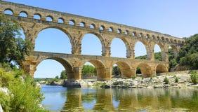 罗马渡槽Pont du Gard。 Languedoc,法国 免版税图库摄影