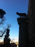 罗马狼雕塑在罗马 免版税库存照片