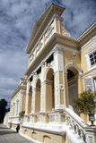 罗马结构的大厦 免版税库存照片