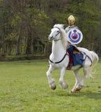罗马骑兵和步兵战士的历史再制定诺森伯兰角的, 2012年5月 免版税图库摄影