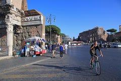 罗马骑自行车者 库存照片