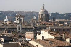 罗马,意大利屋顶  库存照片