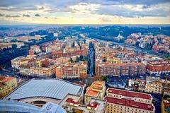 罗马,意大利鸟瞰图屋顶 免版税库存图片