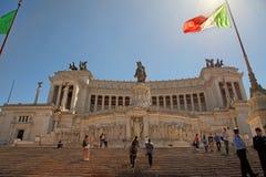 罗马,意大利, 2016年4月11日:广场Venezia和Monumento Nazio 库存照片
