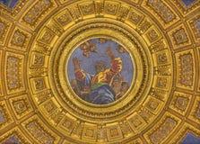 罗马,意大利:圣父马赛克圆屋顶上面的在教会大教堂二的圣塔Maria del Popolo Chigi教堂里 库存照片