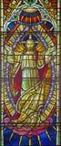 罗马,意大利:复活的阁下作为耶稣升天的部分在所有圣徒的英国国教的教堂窗玻璃的场面  库存照片