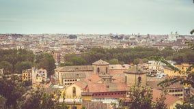罗马,意大利:都市风景从上面,被应用的葡萄酒过滤器 库存图片