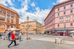 罗马,意大利- 2017年5月08日:圣玛丽亚Maggiore Pi正方形  图库摄影