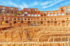 罗马,意大利- 2017年5月08日:在大剧场里面圆形剧场  免版税库存照片