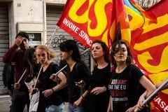 罗马,意大利- 2017年3月23日:没有欧元抗议示范 库存照片