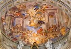 罗马,意大利- 2016年3月10日:圣伊格曼山壁画神化在教会基耶萨di Sant& x27主要近星点的; 伊格纳措di罗耀拉 库存照片
