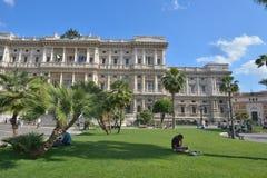 罗马,意大利- 2016年6月01日:广场Cavour,修造的法院,罗马,意大利 库存图片