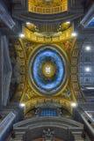 罗马,意大利- 6月01 :圣皮特圣徒・彼得的大教堂在梵蒂冈,罗马, 2016年6月01日的意大利 库存照片