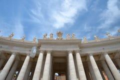 罗马,意大利- 6月01 :圣皮特圣徒・彼得的广场在梵蒂冈,罗马, 2016年6月01日的意大利 免版税库存图片