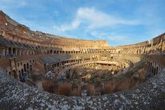 罗马,意大利- 6月01 :在罗马罗马斗兽场里面在罗马, 2016年6月01日的意大利 免版税库存图片