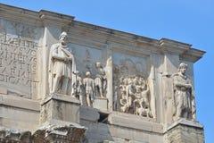 罗马,意大利- 6月01 :康斯坦丁曲拱在罗马, 2016年6月01日的意大利 库存图片