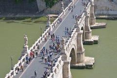 罗马,意大利- 6月01 :桥梁Castel Santangelo在罗马, 2016年6月01日的意大利 库存图片