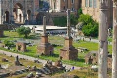 罗马,意大利- 6月01 :罗马广场废墟在罗马, 2016年6月01日的意大利 库存照片