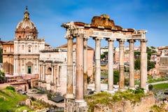 罗马,意大利-皇家论坛废墟  免版税图库摄影