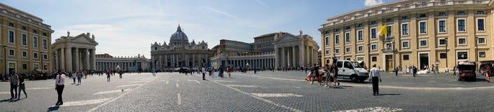 罗马,拉齐奥,意大利 2017年5月25日:圣皮特圣徒・彼得` s全景  免版税库存照片