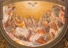 罗马-在教会圣玛丽亚小山谷生命的Pentecost壁画从16的弗朗切斯科Salviati 分 免版税库存图片