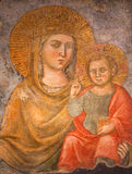 罗马-壁画玛丹娜della斯特拉达-我们的路的夫人从由未知的艺术家的15世纪在教会基耶萨del Jesu里 免版税库存照片