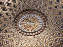 罗马-耶稣和玛丽教会的圆顶  免版税库存图片