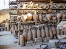 罗马amphorae在庞贝城 免版税库存照片