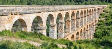 罗马Aqueduct Pont del Diable在塔拉贡纳 免版税库存图片
