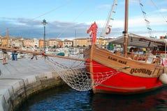 罗维尼美丽如画的港克罗地亚的 免版税库存照片